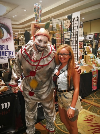 Twisty from AHS cosplay at MMC 37